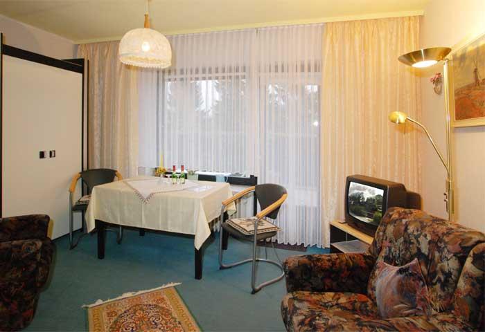 beschreibung der ferienwohnung 39 wohnung m hlenberg 39 haus kiel in altenau. Black Bedroom Furniture Sets. Home Design Ideas